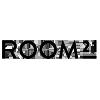 Logo Room21 er nettbutikken for interiør som samarbeider med mange av Europas ledende designvaremerker og møbelprodusenter og har over 170 merkevarer og mer enn 10 000 produkter i sitt sortiment