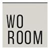 Logo Woroom er en skandinavisk livsstilsbutikk som selger møbler, design og interiør på nett. Woroom.no har varelager og showroom i Tromsø.